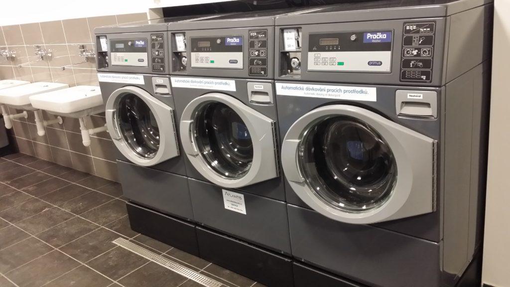Profesionální pračka pro bytový dům | Samoobslužná prádelna
